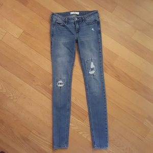 Women's Size 0R Distressed Hollister Skinny Jeans